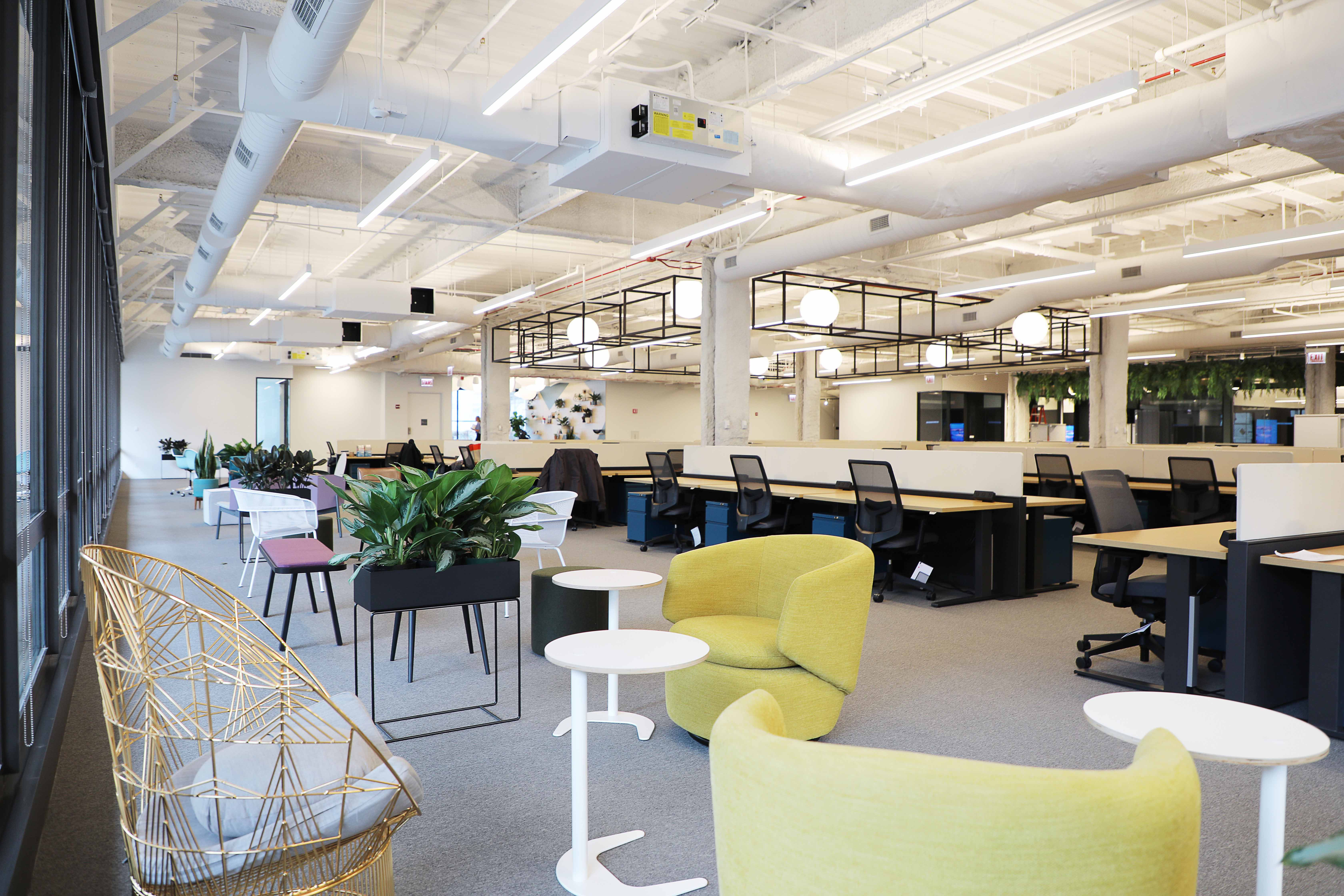 Skender Completes First Data Cable-Free HQ for ShopRunner